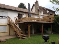 Votre spécialiste de la terrasse en bois dans le 92 : la terrasse autoportante en bois