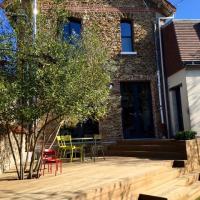 terrasse bois kebony saint maur des foss s terrasse sur lev e de plusieurs niveaux. Black Bedroom Furniture Sets. Home Design Ideas
