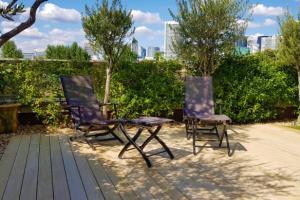 Profitez de la vue vers La Défense grâce à l'aménagement de terrasse