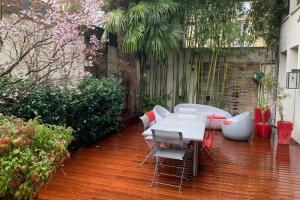 Réalisation de l'aménagement d'un jardin entre les murs de Boulogne Billancourt