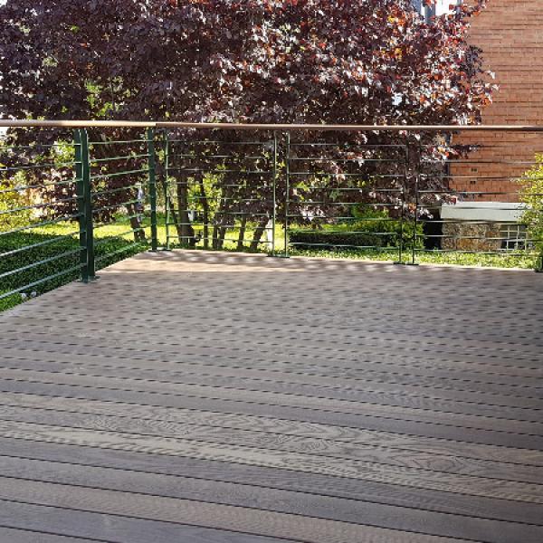 terrasse bois sur lev e pour cr er une continuit de la pi ce de vie 92330 sceaux. Black Bedroom Furniture Sets. Home Design Ideas