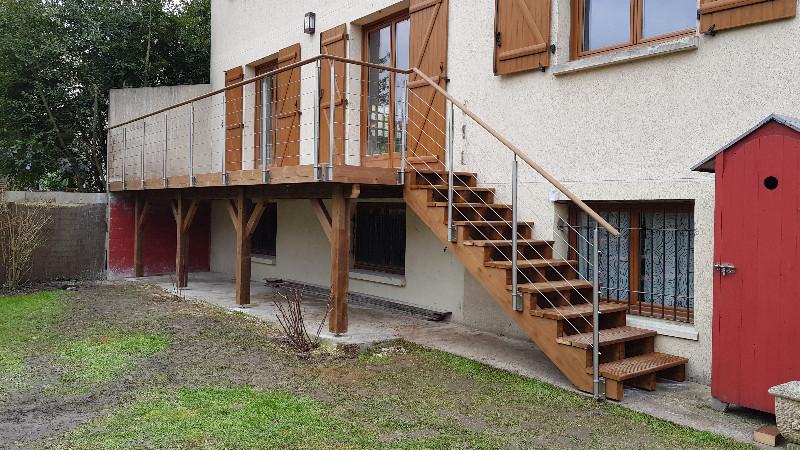 terrasse bois en hauteur autoportante o comment allier. Black Bedroom Furniture Sets. Home Design Ideas